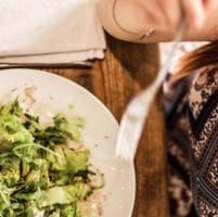 Dalla moda alla cucina vegana: quando la visita in un macello ti cambia la vita