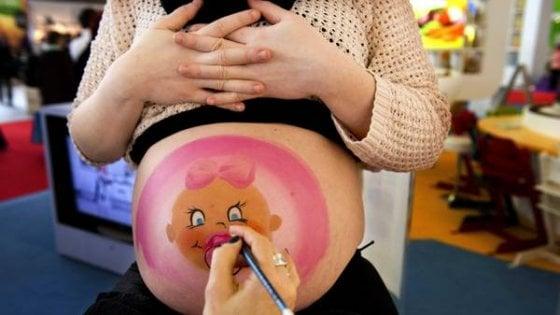 I bambini riconoscono i volti già nel ventre materno
