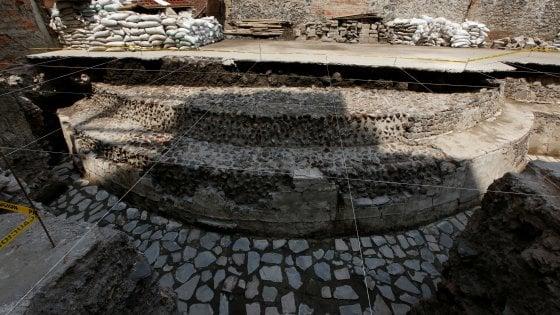 Uno stadio sotto ai piedi: scoperto tempio azteco nel cuore di Città del Messico