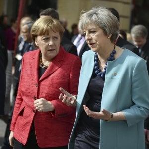 """Brexit, Merkel: """"Nessun ostacolo a inizio colloqui con Gb entro scadenze previste"""""""