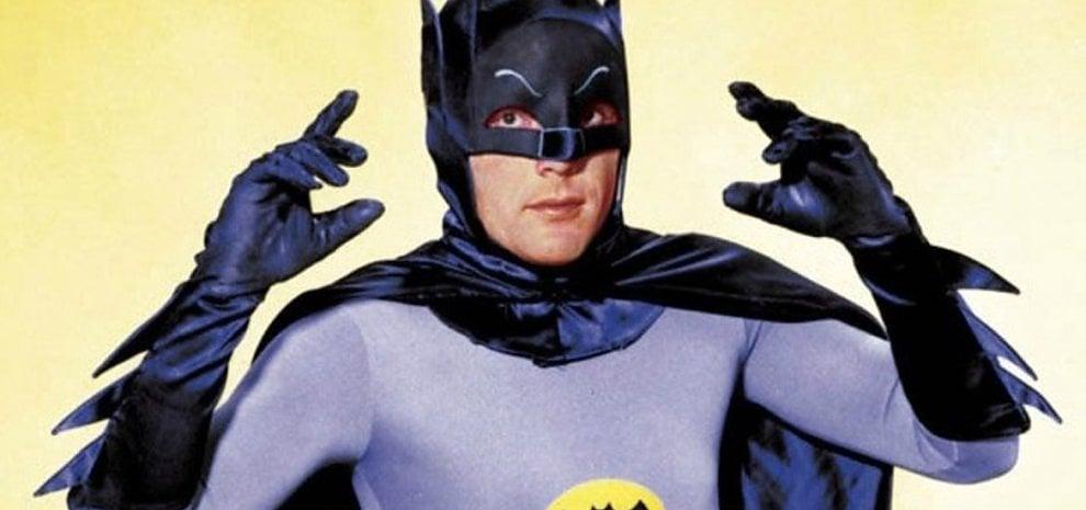 È morto Adam West, addio al Batman più iconico della tv