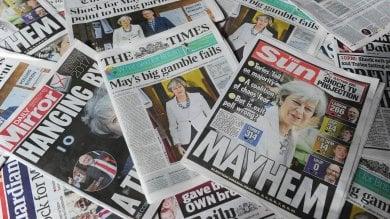 May, scommessa fallita: perde maggioranza.   Conservatori a 318 seggi, serve alleato