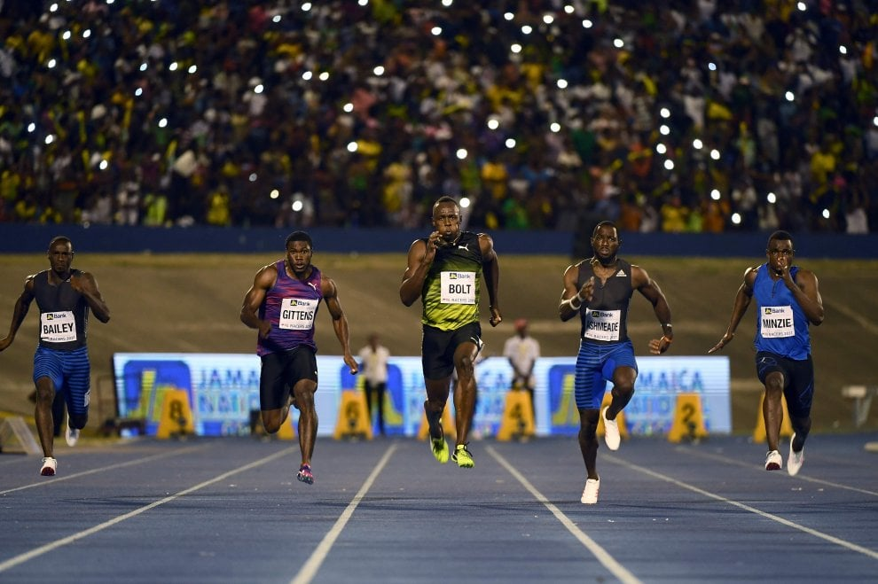 Atletica, Bolt saluta Kingston