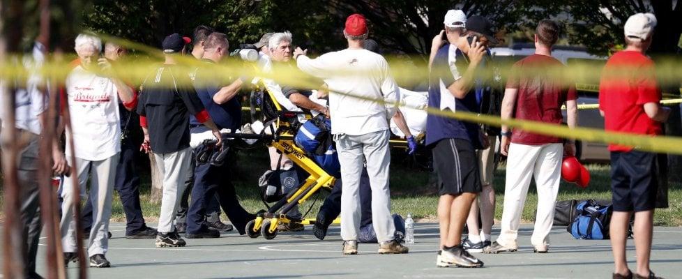 """Virginia, ferito il deputato repubblicano Steve Scalise. Trump: """"L'uomo che ha sparato è morto"""". Era un 66enne attivista pro Sanders"""
