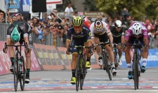 Ciclismo, il ritorno della Pirelli: lanciata la nuova linea PZero Velo