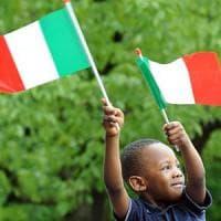 """I """"nuovi italiani"""" nella riforma della cittadinanza: l'impatto dello"""