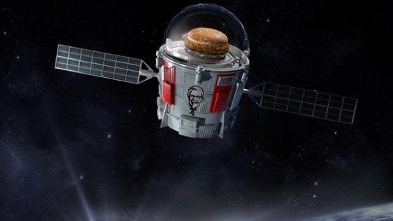 Un panino nello spazio: la nuova sfida al pollo attraverso la stratosfera