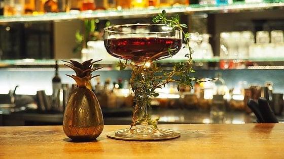 """A Torino il Carlina restaurant&bar: cocktail """"eretici"""" in albergo"""