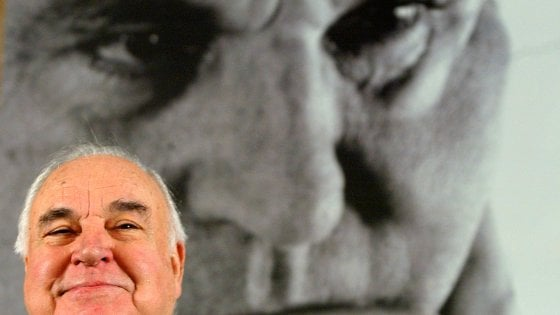 Germania: morto Helmut Kohl, il cancelliere della riunificazione