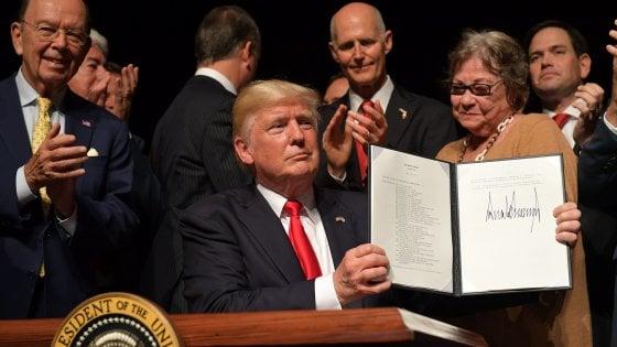 """Trump, su Cuba ritorno al passato: """"Ho cancellato l'accordo, vogliamo che sia libera"""""""