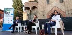 """Cacciari e Mauro: """"Il mondo  sembra fuori controllo""""    ·video"""