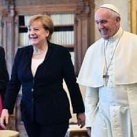 Merkel in udienza dal Papa: