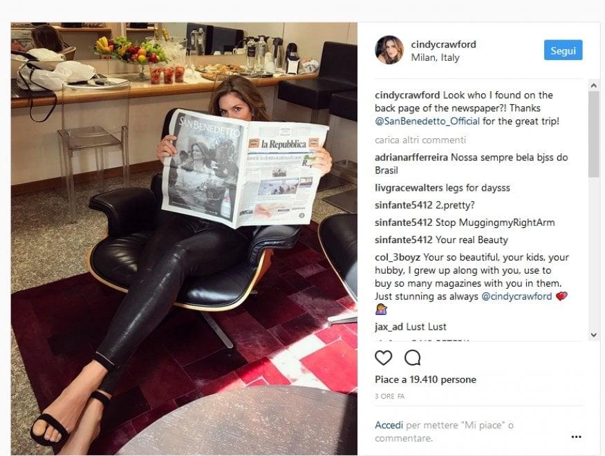 Cindy Crawford posta su Instagram la foto con Repubblica