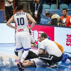Basket, Europeo donne: frattura della mandibola, l'Italia perde Macchi