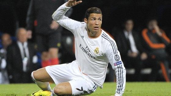 Mercato, il Real chiama Cristiano Ronaldo. Verratti rompe: niente ritiro col Psg