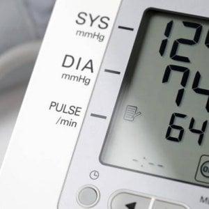 Ipertensione arteriosa, il 50% dei pazienti sospende la cura dopo il primo anno