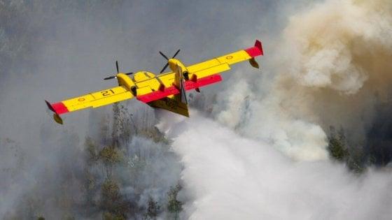 """Incendi, sei Regioni ancora senza flotta aerea. Curcio: """"Dobbiamo essere più attenti e pronti"""""""