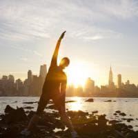 Giornata mondiale yoga, il saluto al sole nel cuore di New York
