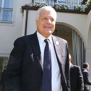 """Ius soli, il ministro Galletti: """"Alfano non faccia calcoli, questa legge serve"""""""