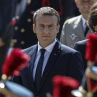Francia, Macron conquista la maggioranza assoluta. Astensione senza precedenti