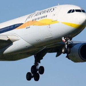 India, bimbo nasce in aereo: compagnia Jet Airways gli regala voli gratis per sempre