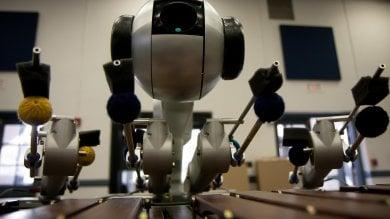 Shimon, il robot che compone  e suona la propria musica /   Video