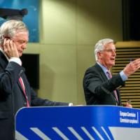 Brexit, a Bruxelles il via al negoziato. Priorità ai diritti dei cittadini. May presenterà