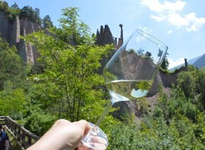 La montagna nel bicchiere: il Müller festeggia trent'anni con passeggiate, degustazioni e incontri d'arte