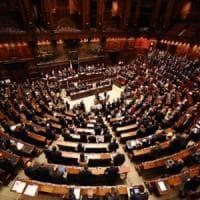 Cambi di casacca: le giravolte dei parlamentari a quota 500, mai così tante