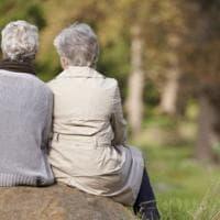 Il paradosso dell'oncologia: gli anziani esclusi dalle sperimentazioni cliniche