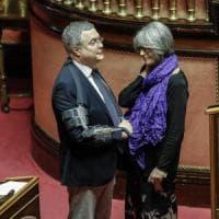 Consip, al Senato la maggioranza tiene: sì all'azzeramento dei vertici. Con i voti di Fi...