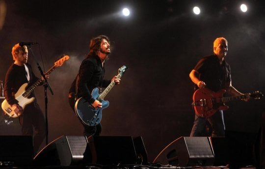 Foo Fighters, il nuovo disco è 'Concrete and Gold': e nasce 'Cal Jam 17', megashow rock