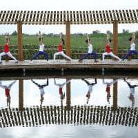 Yoga, la giornata internazionale: così si medita in piazza