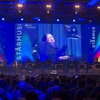 Starmus: la consegna della Medaglia Hawking