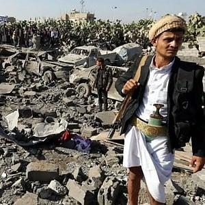 Yemen, il blocco aereo e navale imposto allo Yemen dalle forze di coalizione le cause della catastrofe umanitaria