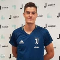 Juventus, Schick a Torino per le visite mediche: firmerà dopo l'Europeo U21. Affondo per Bernardeschi