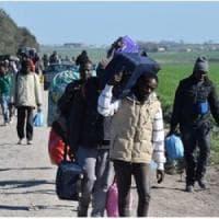 Migrazioni, dei 65,6 milioni di rifugiati del mondo, l'Europa ne accoglie
