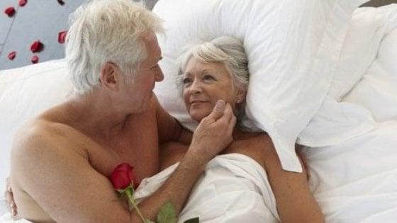 Il sesso sopra i 50 aiuta il cervello