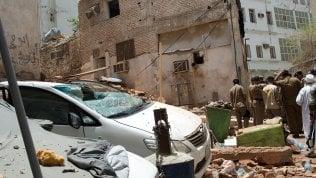"""La Mecca, uomo si fa esplodere durante blitz delle forze di sicurezza:""""Progettava attentato alla Grande Moschea""""video - foto"""