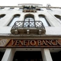 Bce: banche venete in liquidazione. Ma il Tesoro tratta con Intesa sul prezzo e gli...