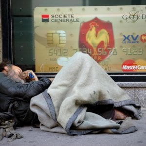 Cresce il divario tra Nord e Sud. Nel Mezzogiorno un cittadino su due a rischio povertà