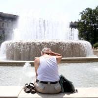 Il caldo non dà tregua: week end da bollino rosso in 10 città. Temperature fino a 40 gradi