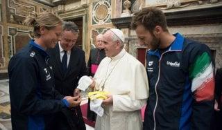 """Il nuoto da Papa Francesco, Pellegrini: """"Rapporto stretto con la fede"""""""