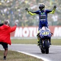 MotoGp, Olanda: Rossi trionfa davanti a Petrucci e Marquez