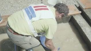 Sabbia, setacci e pagliuzze: è il campionato dei cercatori d'oro