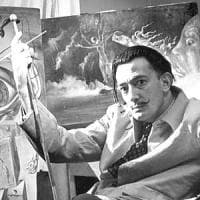 """Spagna, """"Salvador Dalì è mio padre"""" e un giudice ordina riesumazione corpo dell'artista"""