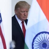Il mondo non si fida di Trump: fuori dagli Usa presidenza mai così impopolare