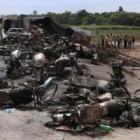 Pakistan, Bahawalpur, 157 morti nel rogo di un camion di benzina: la strage
