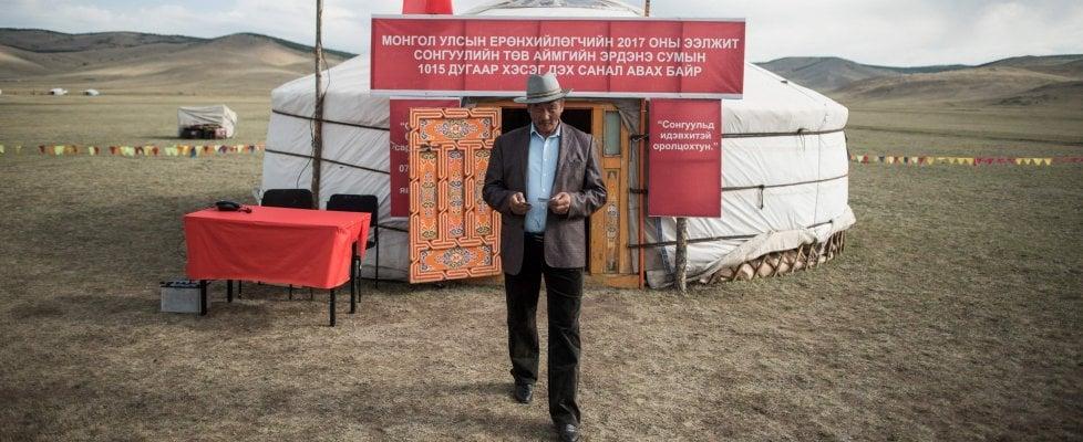 Ombre cinesi sulla Mongolia che cerca il nuovo Gengis Khan