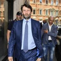 """Caos Pd, Lotti: """"Renzi ha appena vinto le primarie, fine discussione"""". Franceschini: """"E'..."""